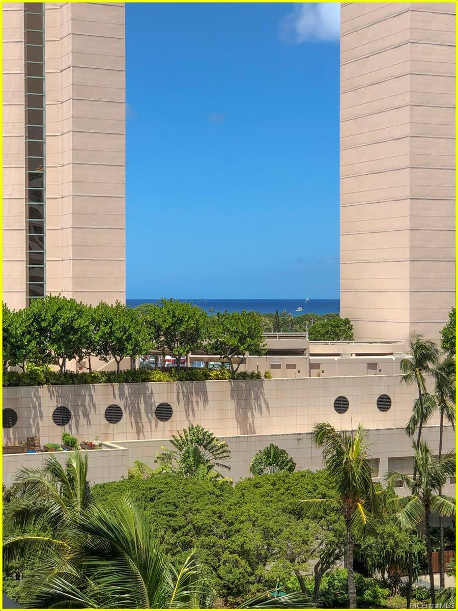 Tradewinds Hotel Inc condo # 902A, Honolulu, Hawaii - photo 16 of 25