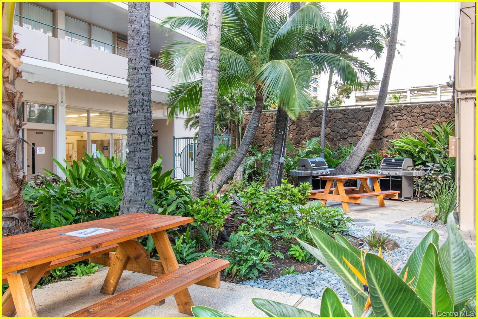 Tradewinds Hotel Inc condo # 902A, Honolulu, Hawaii - photo 19 of 25