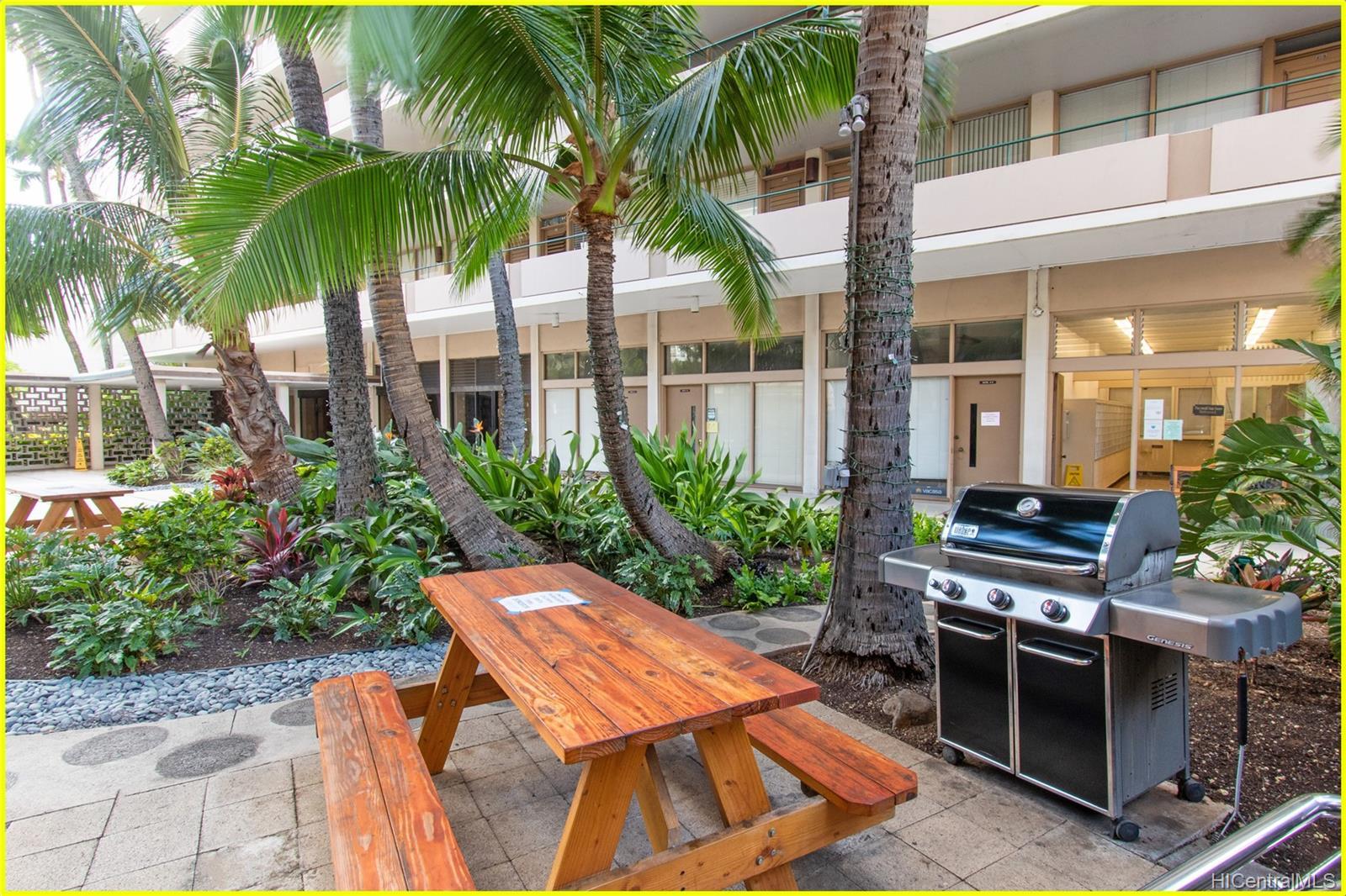 Tradewinds Hotel Inc condo # 902A, Honolulu, Hawaii - photo 20 of 25