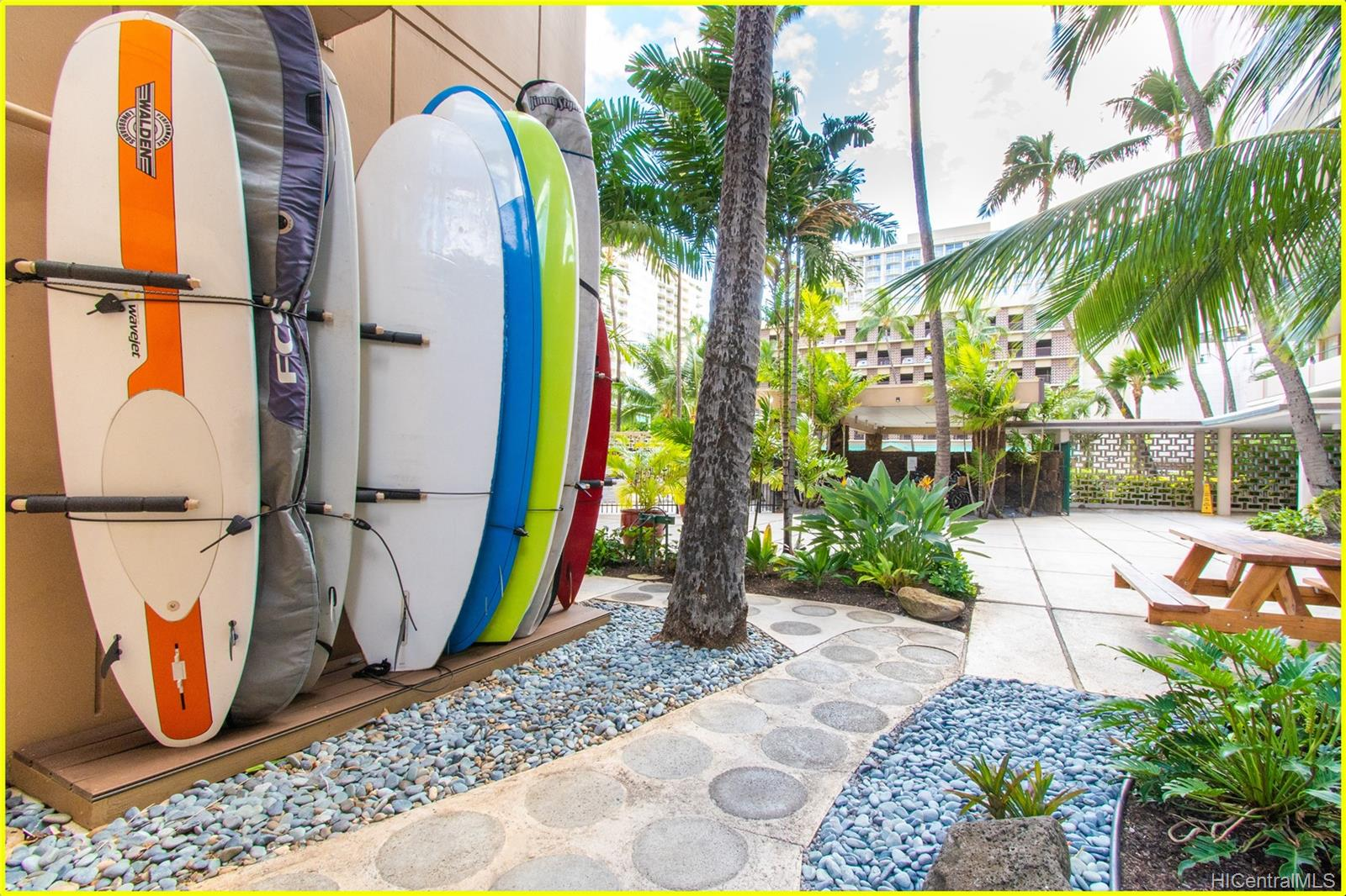 Tradewinds Hotel Inc condo # 902A, Honolulu, Hawaii - photo 21 of 25