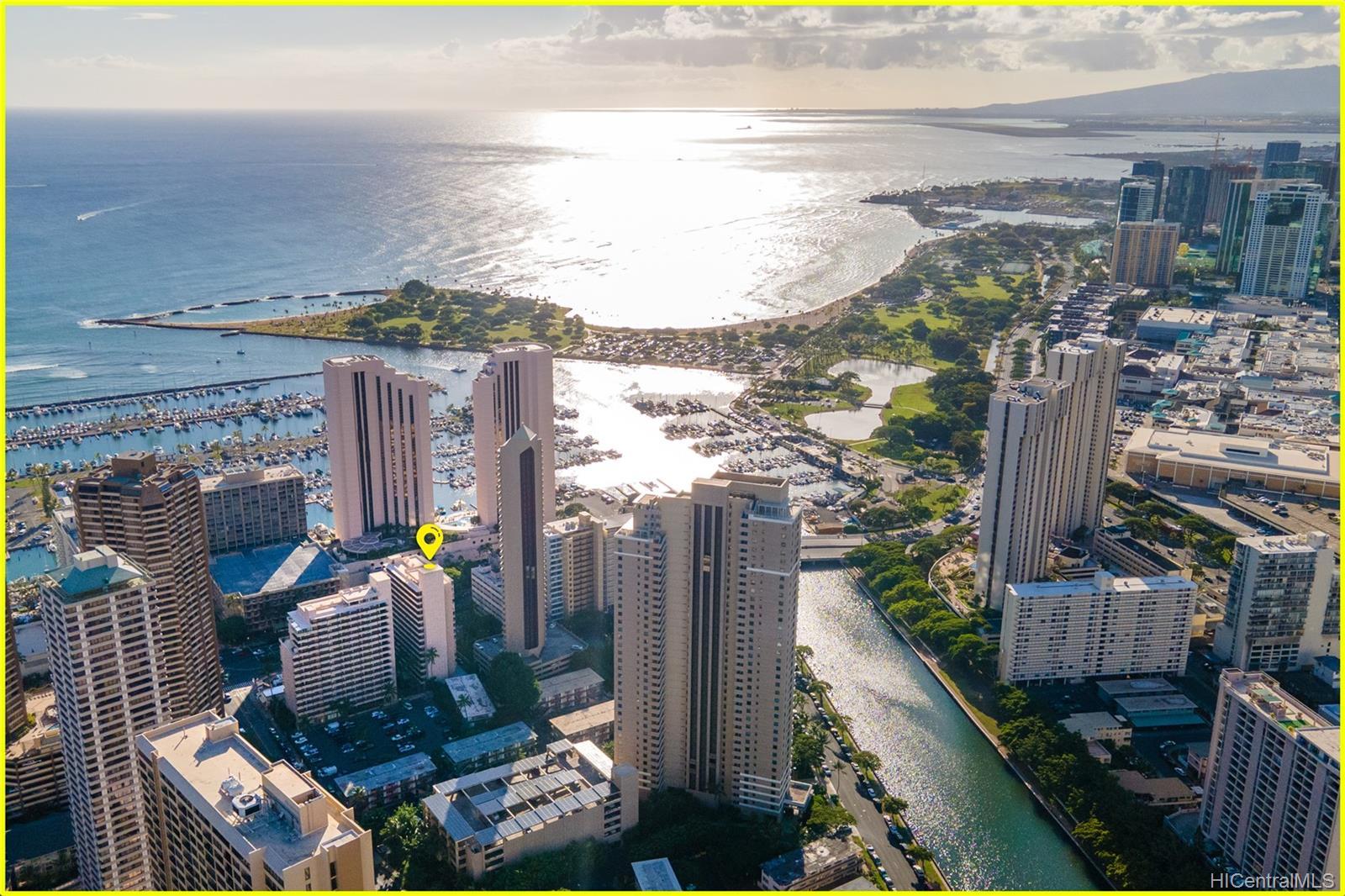 Tradewinds Hotel Inc condo # 902A, Honolulu, Hawaii - photo 22 of 25