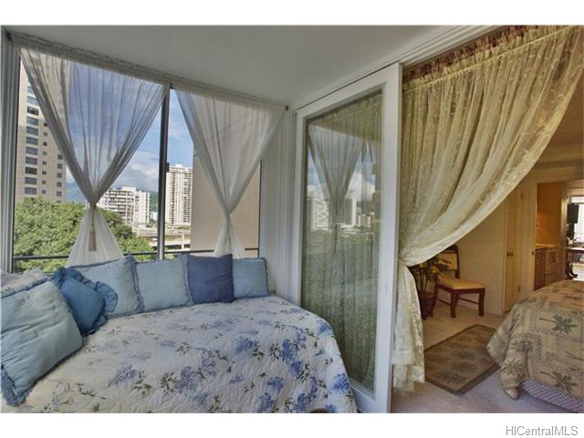 Tradewinds Hotel Inc condo # A901, Honolulu, Hawaii - photo 12 of 20