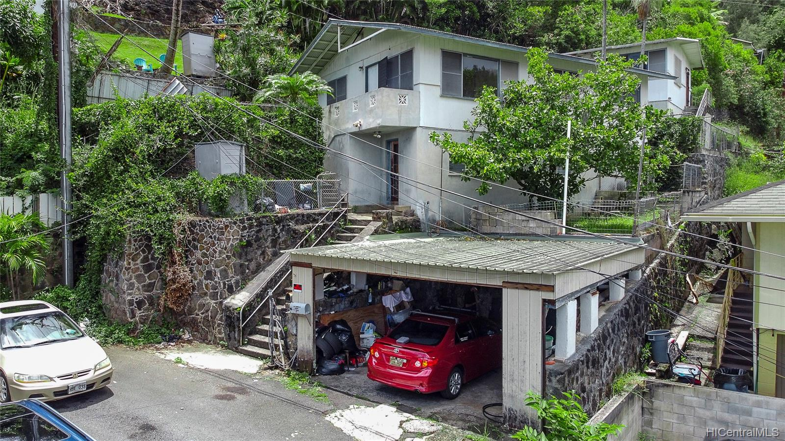 1726  Violet Street Kalihi Uka, Honolulu home - photo 6 of 6