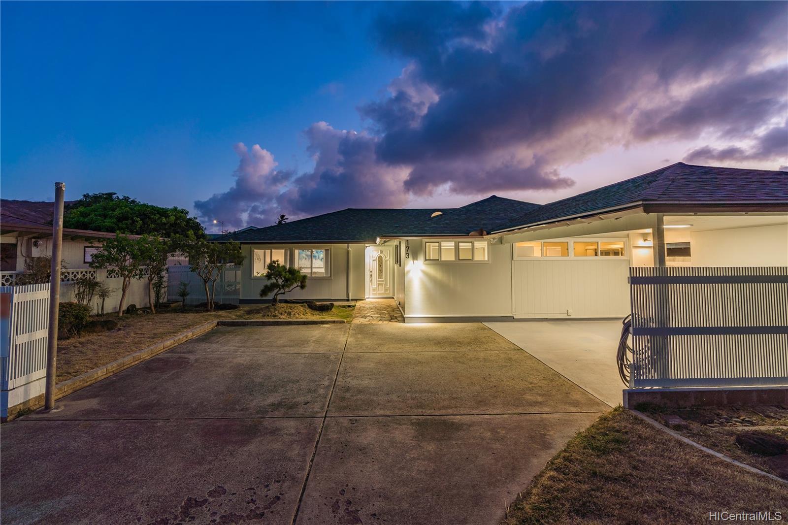 173  Anapalau Street Luna Kai, Hawaii Kai home - photo 25 of 25