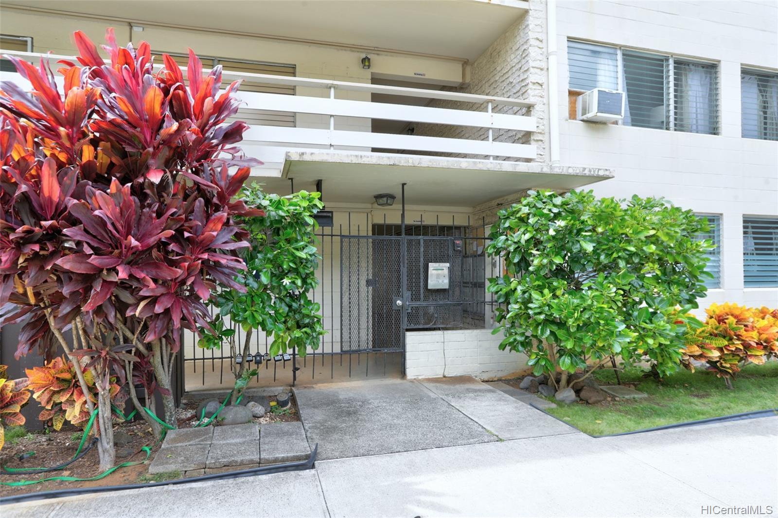 Tiare Apts condo # 206, Honolulu, Hawaii - photo 14 of 22