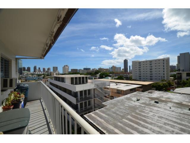Union Plaza condo # 505B, Honolulu, Hawaii - photo 9 of 13