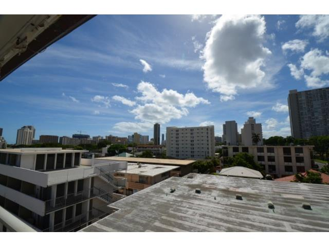 Union Plaza condo # 505B, Honolulu, Hawaii - photo 10 of 13