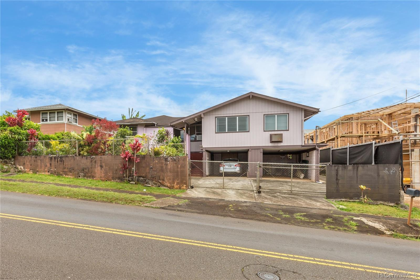 1755  California Ave Wahiawa Heights, Central home - photo 1 of 21
