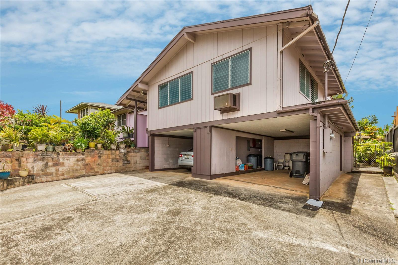 1755  California Ave Wahiawa Heights, Central home - photo 2 of 21