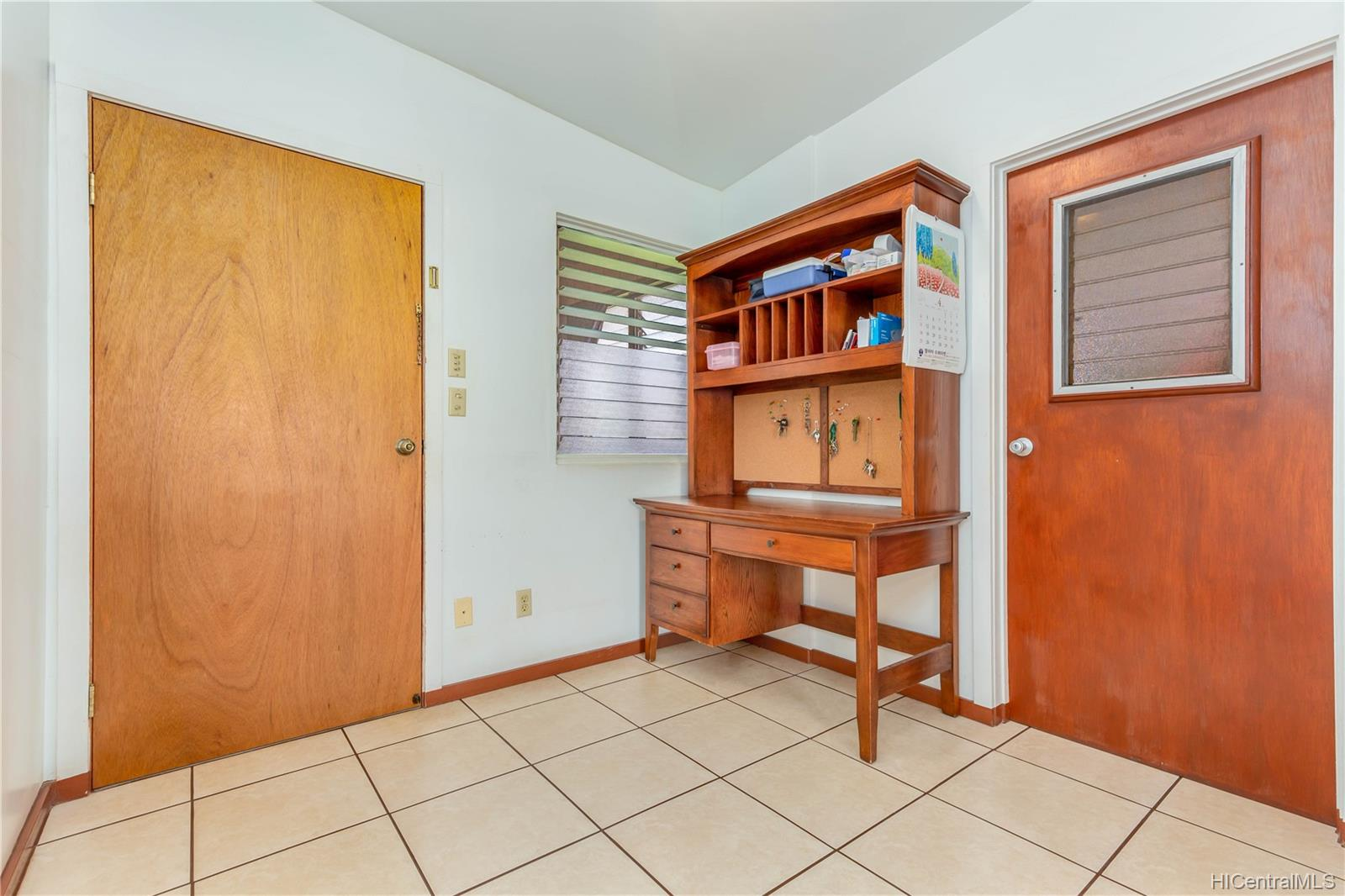1755  California Ave Wahiawa Heights, Central home - photo 13 of 21