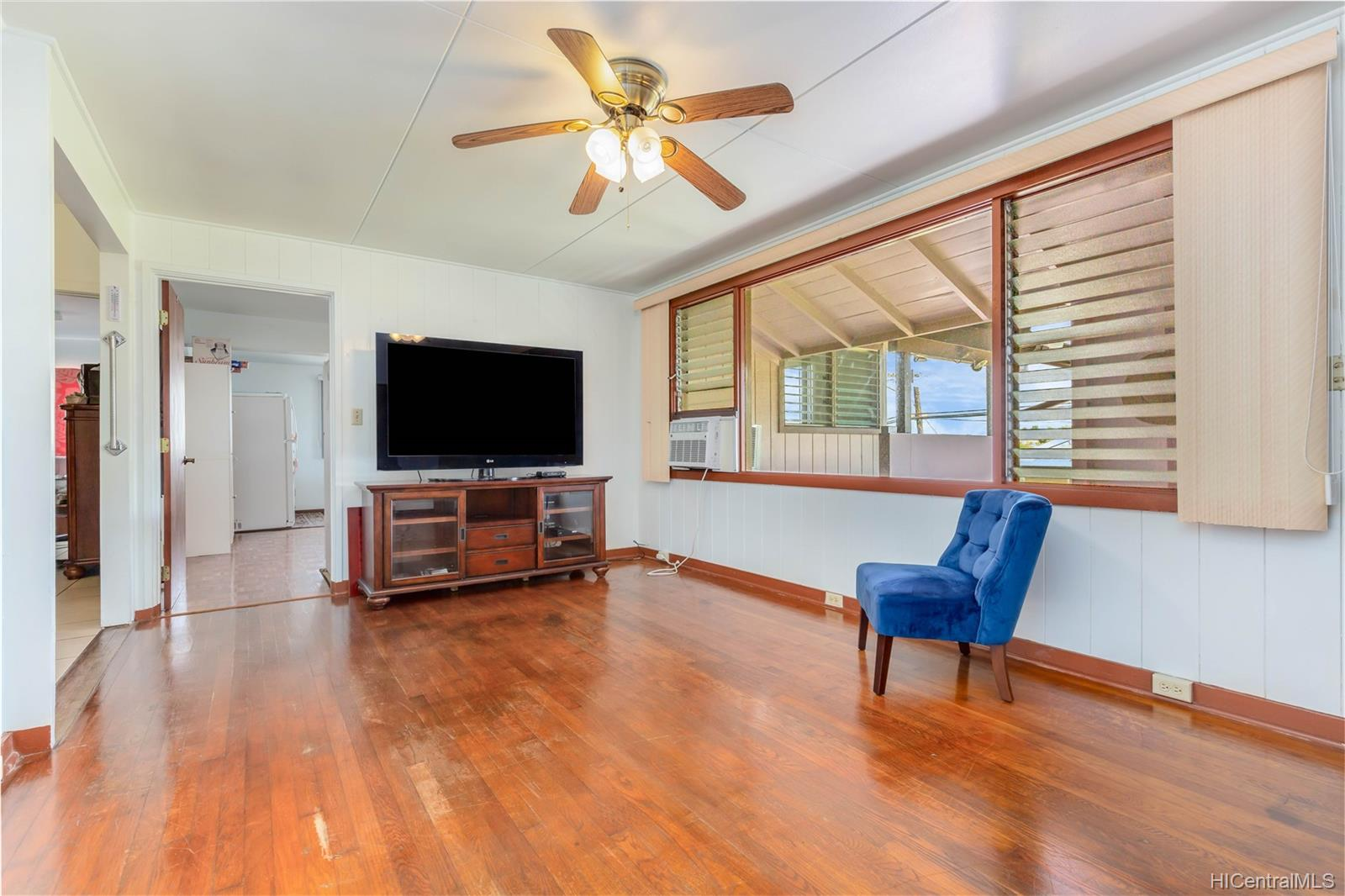 1755  California Ave Wahiawa Heights, Central home - photo 9 of 21