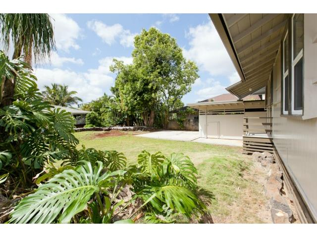 1761  Nakula St Wahiawa Heights, Central home - photo 13 of 21