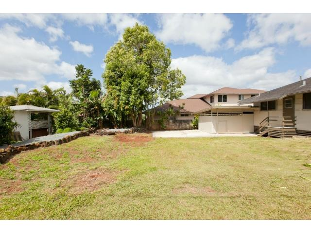 1761  Nakula St Wahiawa Heights, Central home - photo 15 of 21