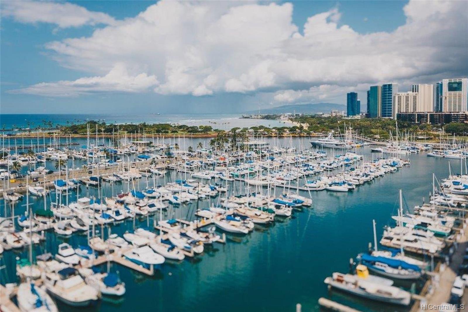 Ilikai Marina condo # 1384, Honolulu, Hawaii - photo 21 of 21