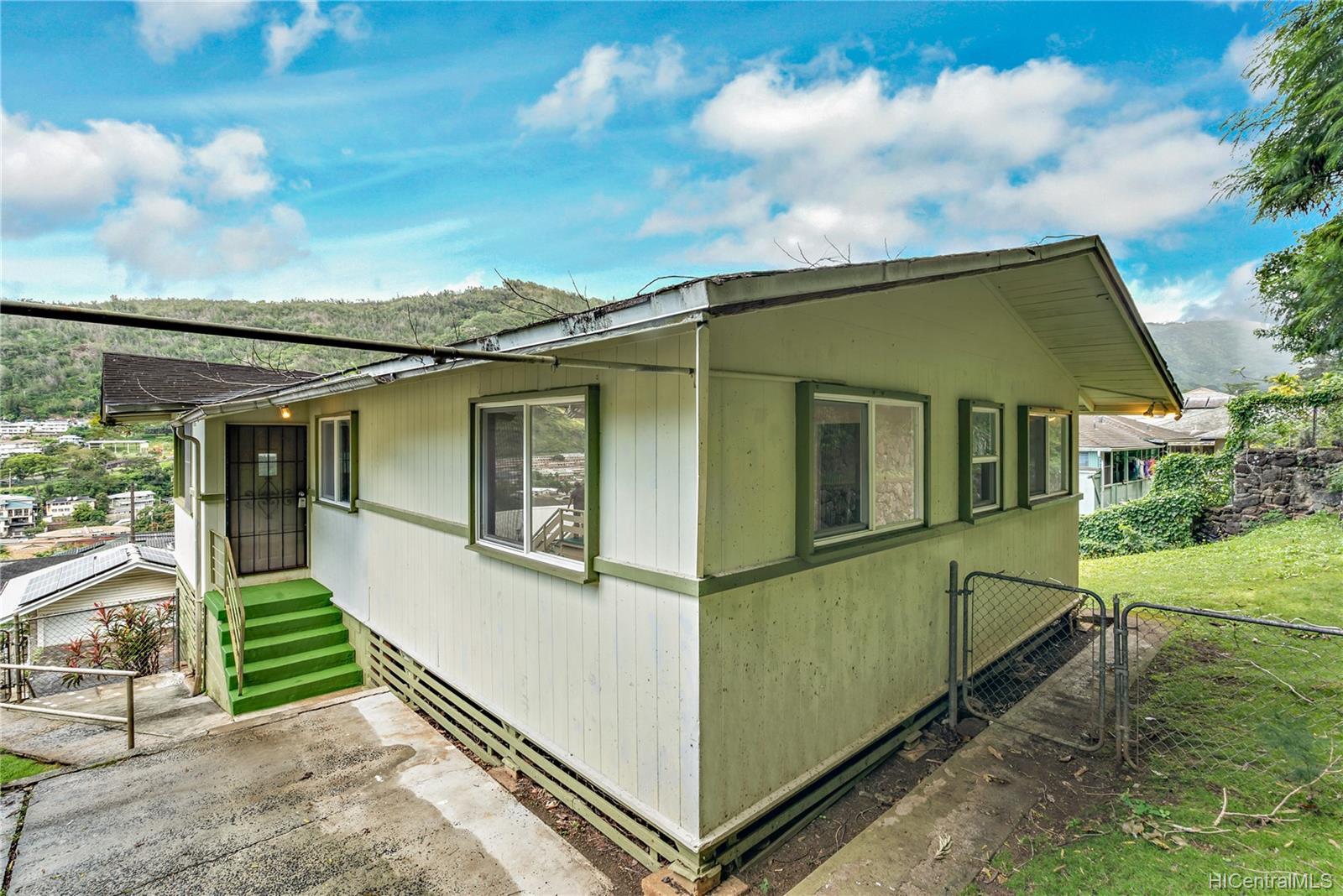 1771  Akone Pl Kalihi Valley, Honolulu home - photo 21 of 22
