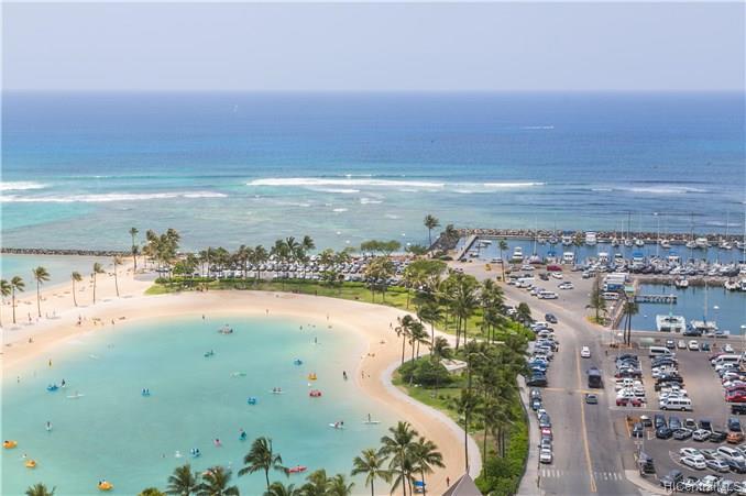 Ilikai Apt Bldg condo # 1517, Honolulu, Hawaii - photo 11 of 17