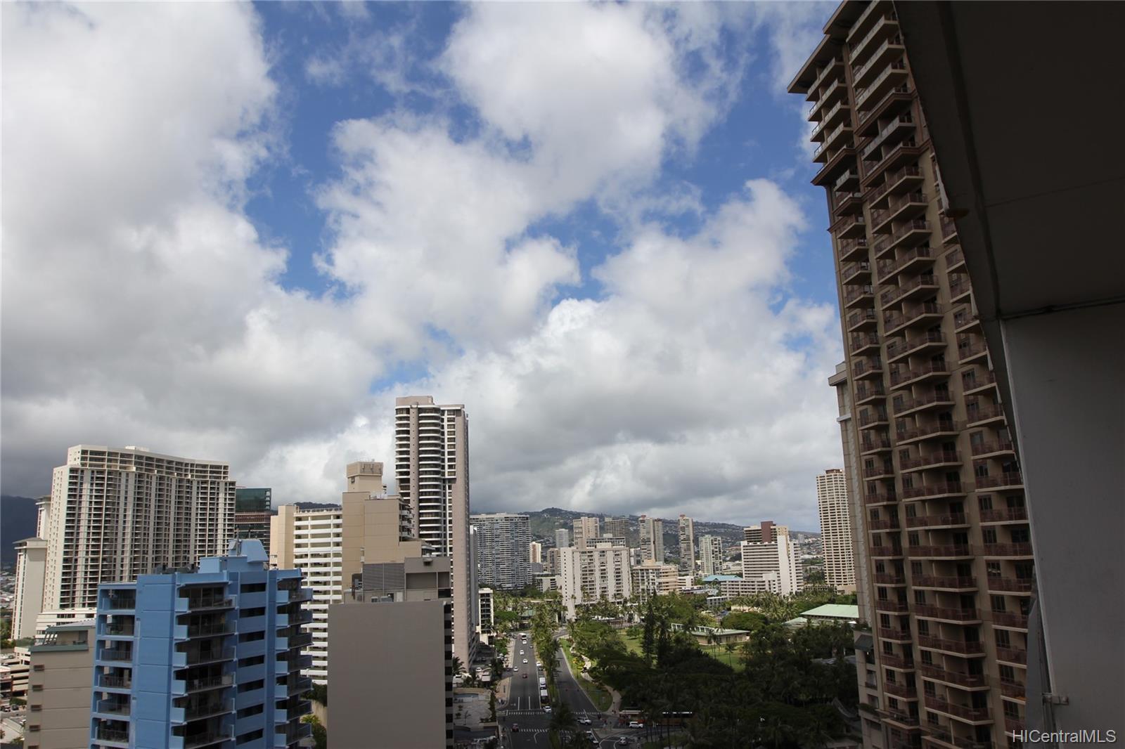 Ilikai Apt Bldg condo # 1721, Honolulu, Hawaii - photo 9 of 21