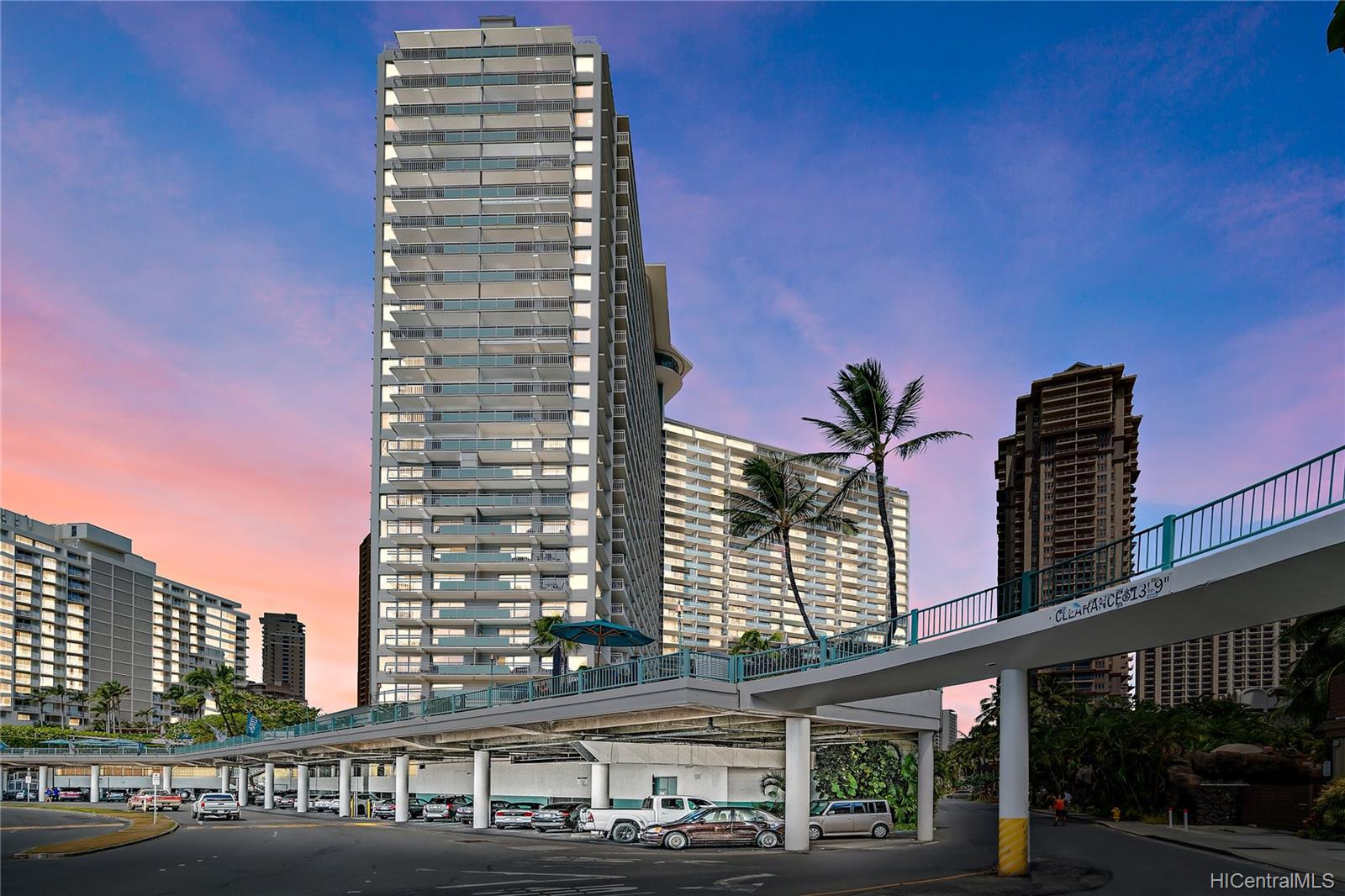 Ilikai Apt Bldg condo # 640, Honolulu, Hawaii - photo 20 of 23