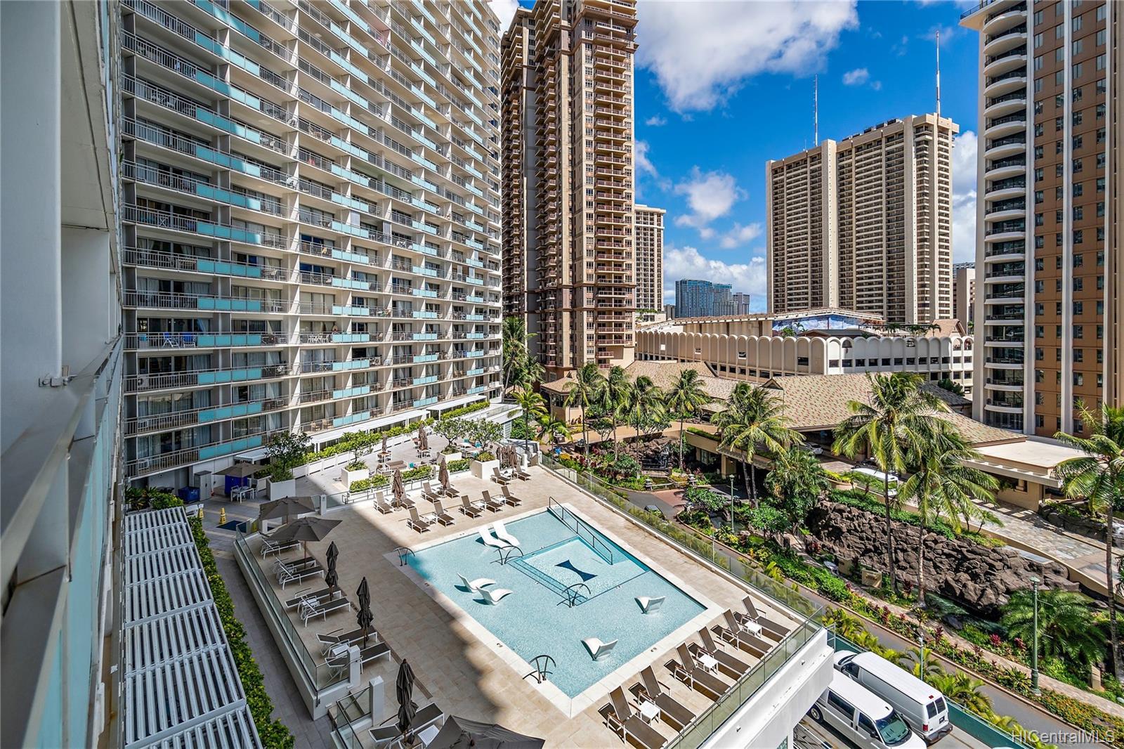 Ilikai Apt Bldg condo # 640, Honolulu, Hawaii - photo 3 of 23