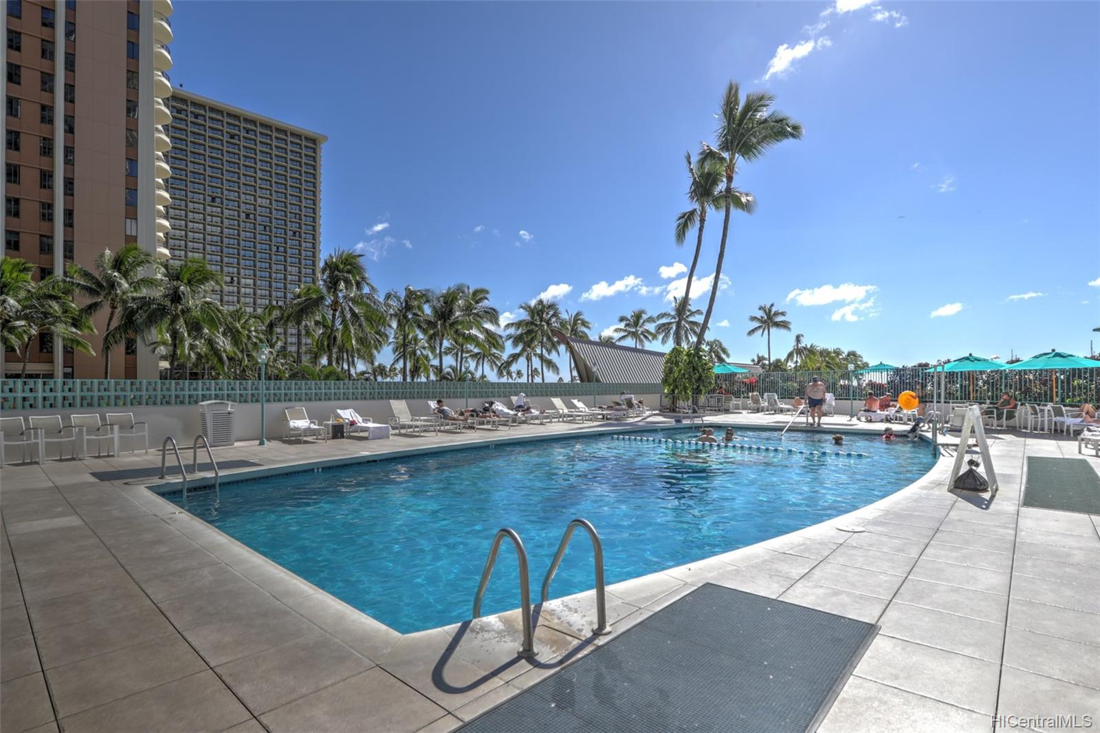 Ilikai Apt Bldg condo # PH2604, Honolulu, Hawaii - photo 13 of 17