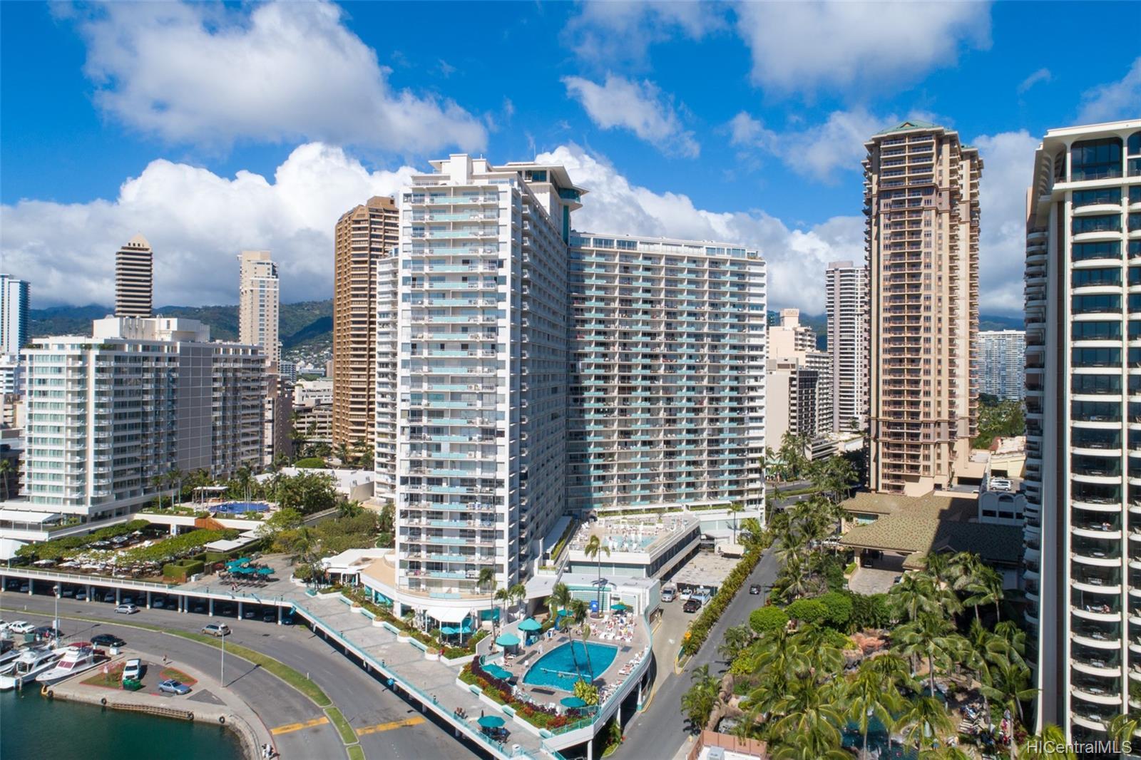 Ilikai Apt Bldg condo # PH2604, Honolulu, Hawaii - photo 14 of 17