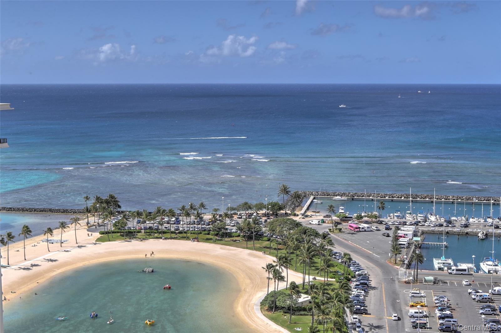 Ilikai Apt Bldg condo # PH2604, Honolulu, Hawaii - photo 16 of 17