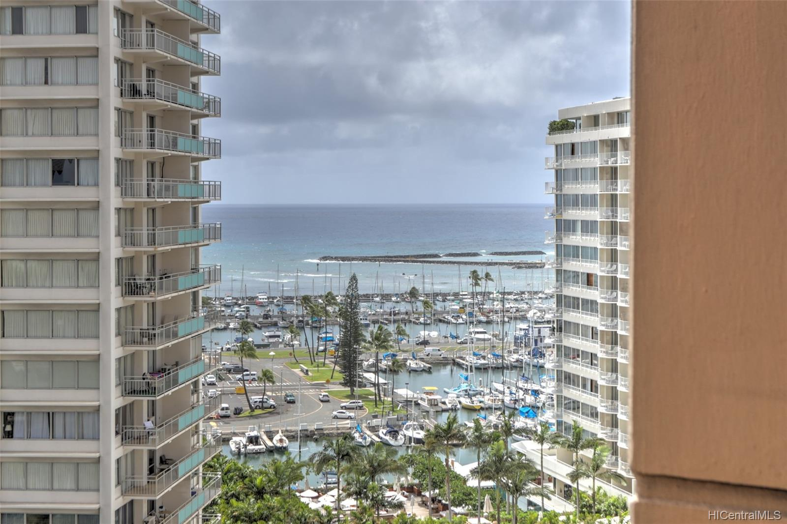 Discovery Bay condo # 1712, Honolulu, Hawaii - photo 11 of 20