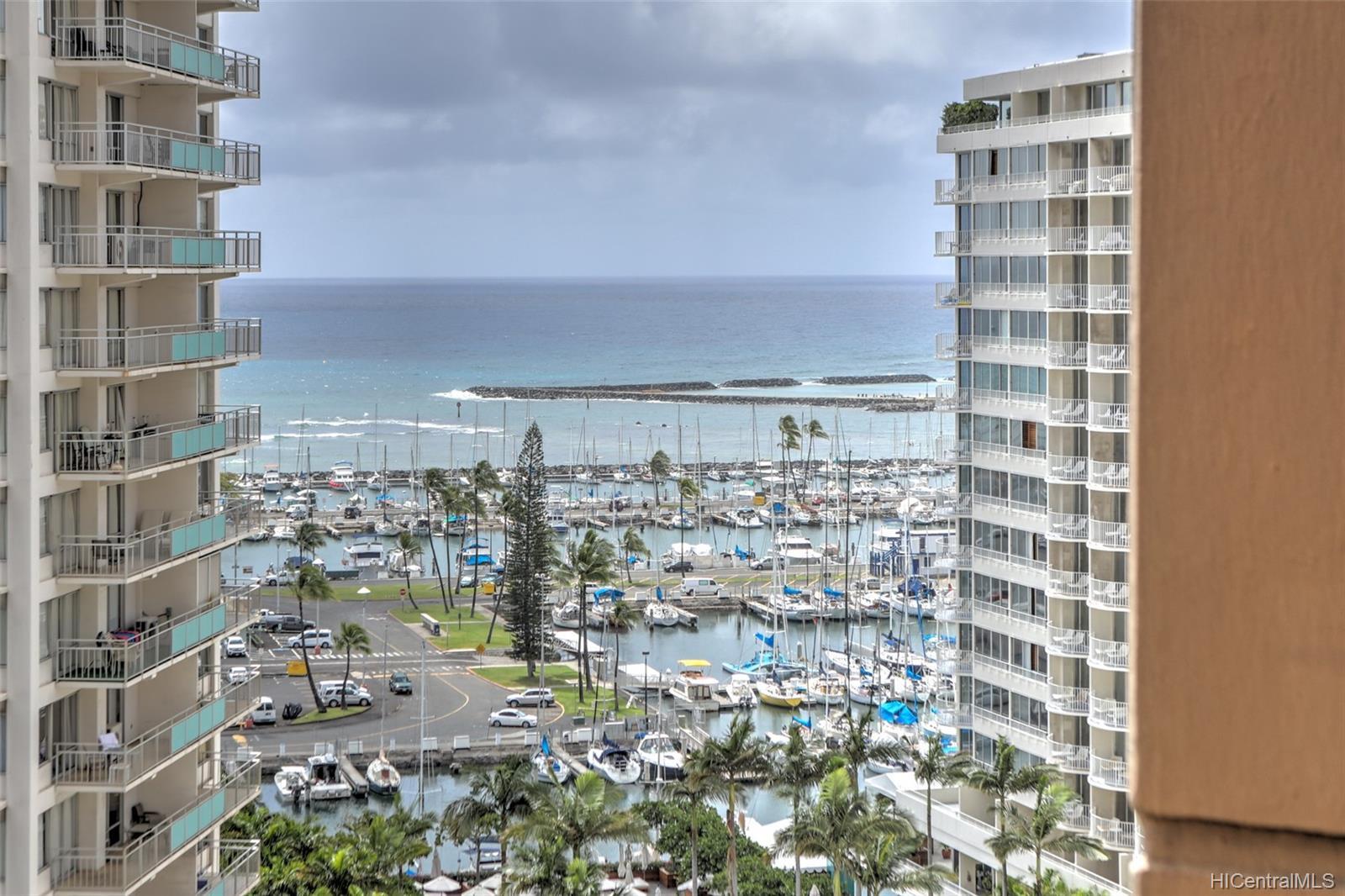 Discovery Bay condo # 1712, Honolulu, Hawaii - photo 10 of 20