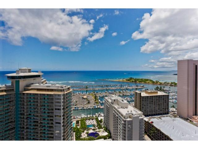 Discovery Bay condo # 3620, Honolulu, Hawaii - photo 3 of 11