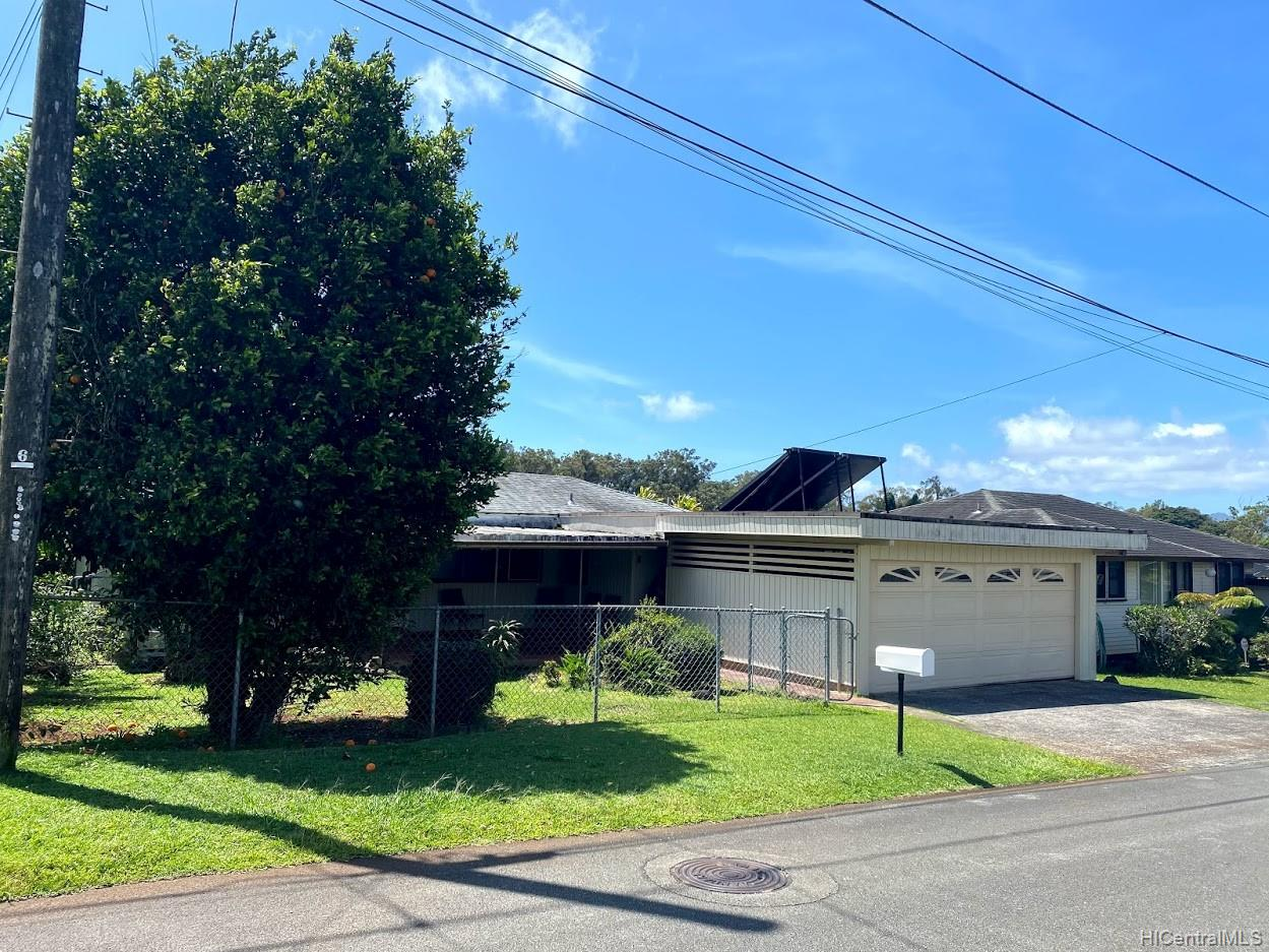 1785  Koikoi Street Wahiawa Heights, Central home - photo 1 of 6