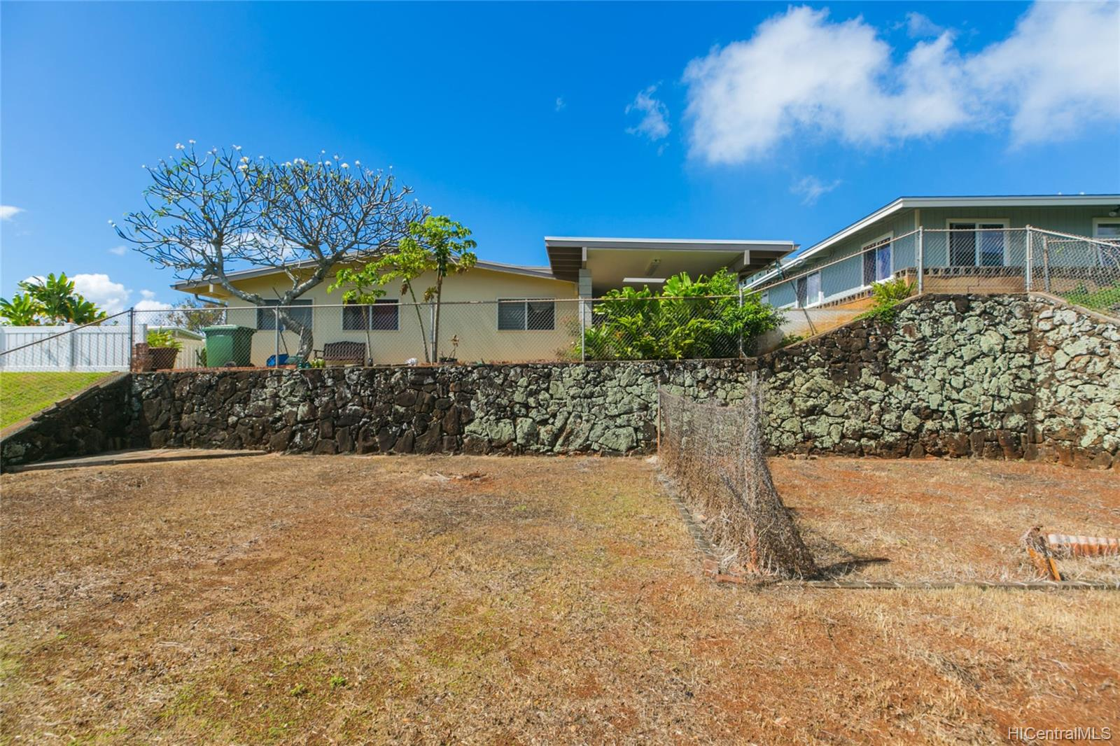 1794  Hoohoihoi Place Pearl City-upper, PearlCity home - photo 3 of 25