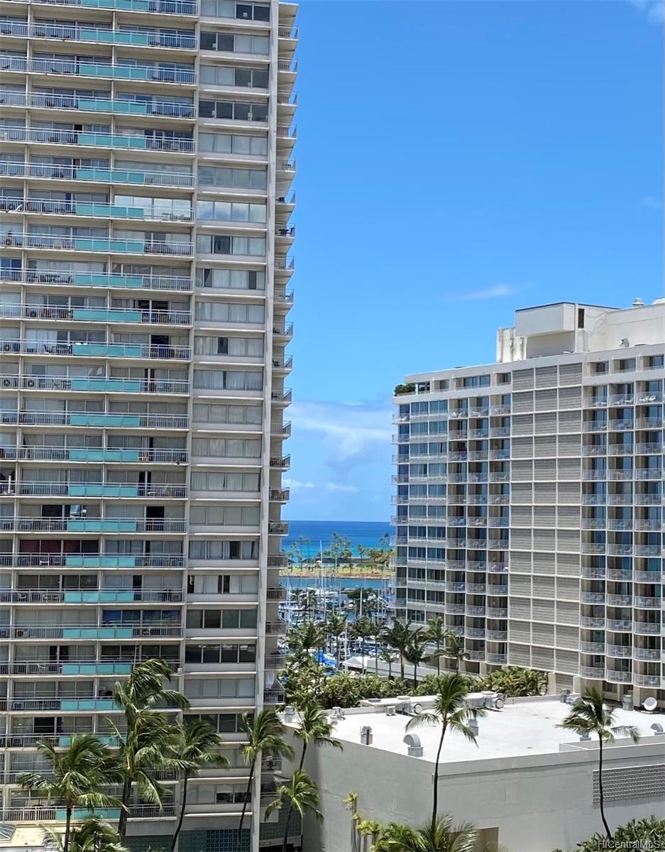 Pomaikai condo # 13B, Honolulu, Hawaii - photo 1 of 21