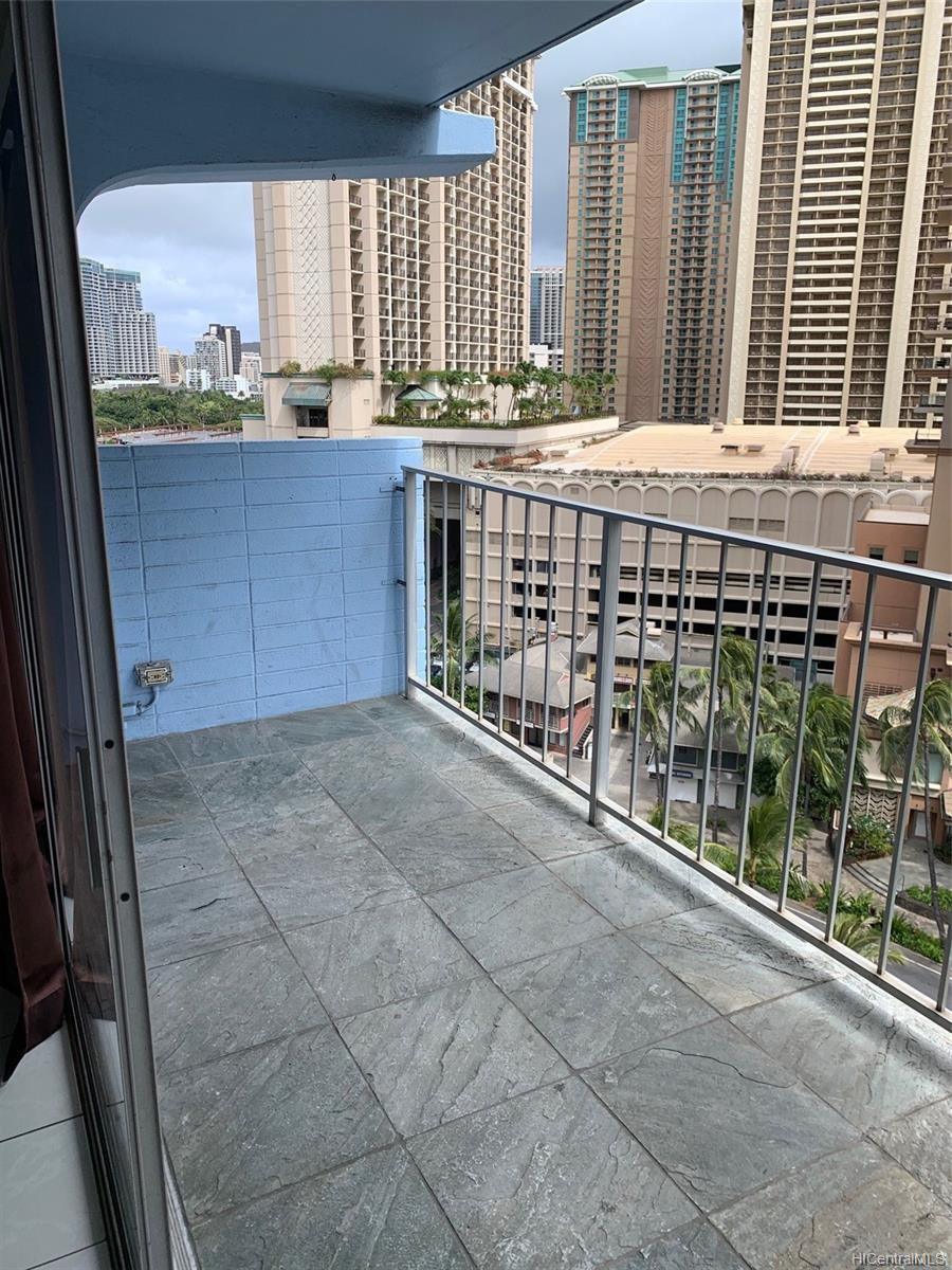Pomaikai condo # 13B, Honolulu, Hawaii - photo 19 of 21