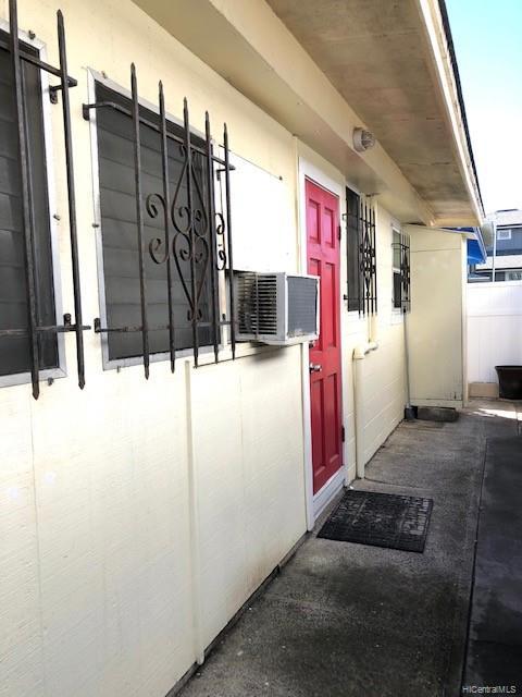 1813  Waiola Street Mccully, Honolulu home - photo 10 of 13