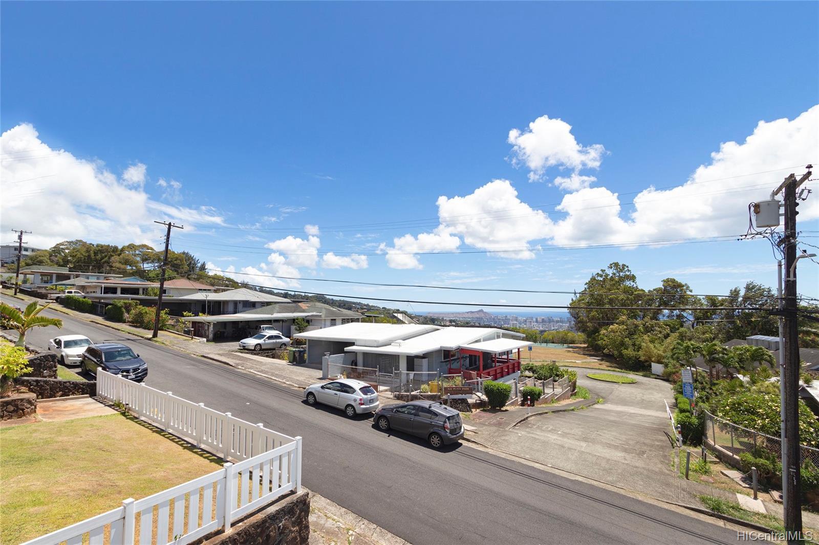 1815  Alewa Drive Alewa Heights, Honolulu home - photo 24 of 25