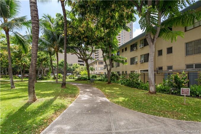 Hawaiiana Gardens condo # 201, Honolulu, Hawaii - photo 9 of 12