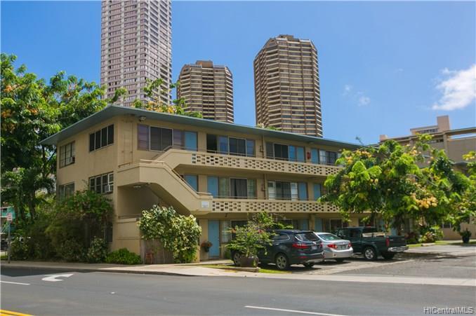 Hawaiiana Gardens condo # 302, Honolulu, Hawaii - photo 2 of 25