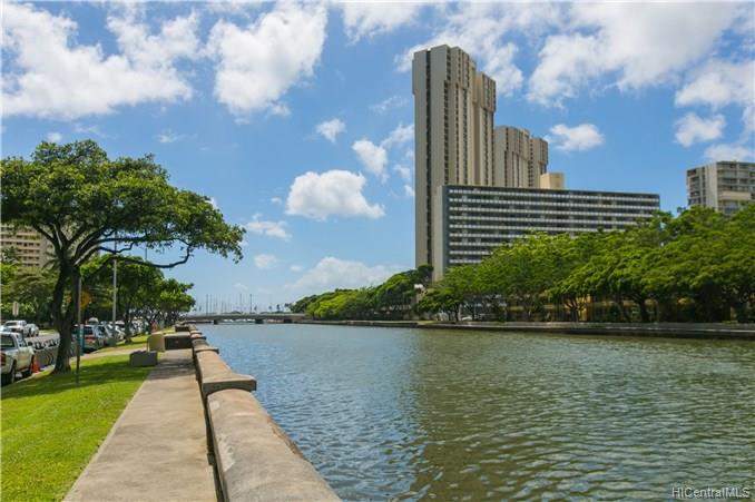 Hawaiiana Gardens condo # 302, Honolulu, Hawaii - photo 24 of 25