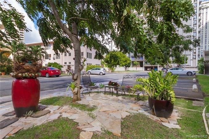 Hawaiiana Gardens condo # 303, Honolulu, Hawaii - photo 5 of 16