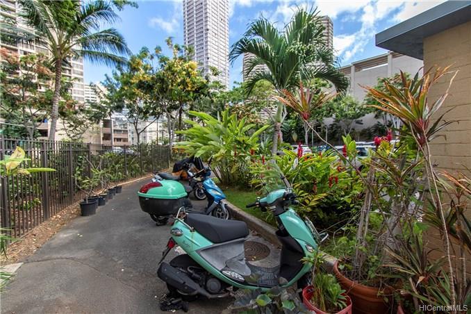 Hawaiiana Gardens condo # 206, Honolulu, Hawaii - photo 16 of 22