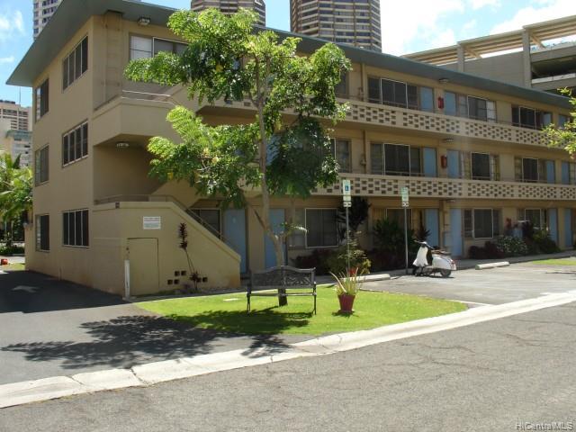 Hawaiiana Gardens condo # 303, Honolulu, Hawaii - photo 2 of 4