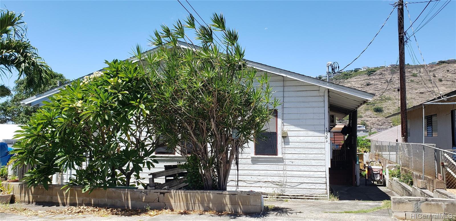 1822  10th Ave Palolo, Diamond Head home - photo 1 of 4
