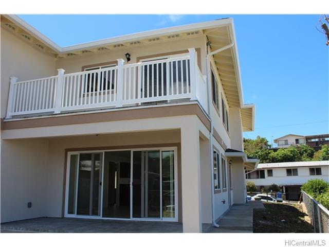 1828  Kaikunane Loop Kamehameha Heights, Honolulu home - photo 8 of 12