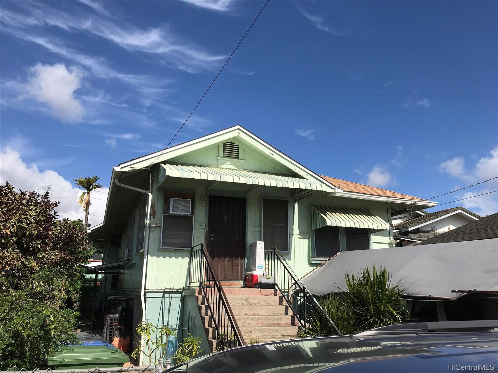1830  Kahanu Street Kapalama, Honolulu home - photo 1 of 2