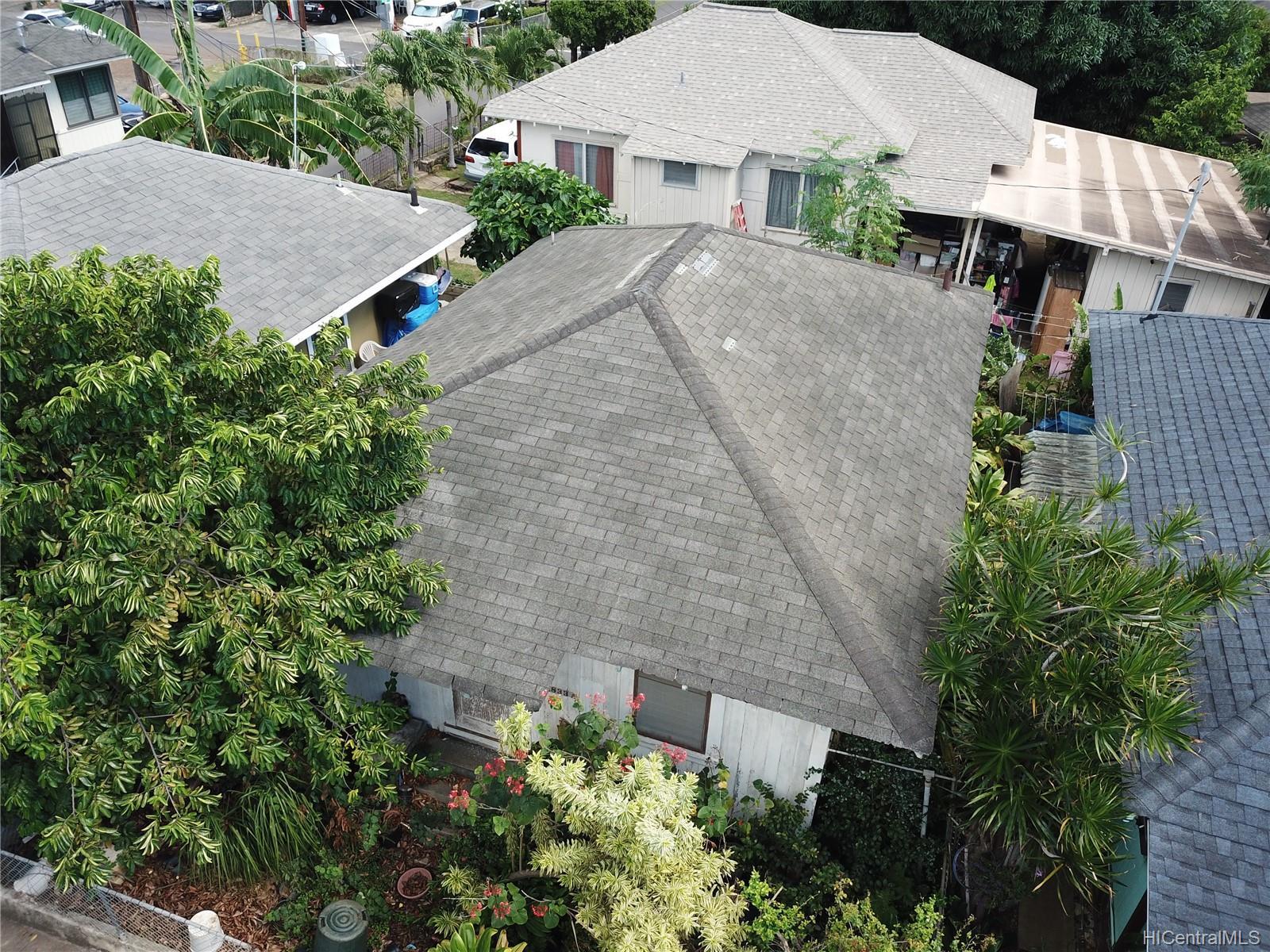 1833  Akina Street Kapalama, Honolulu home - photo 3 of 7