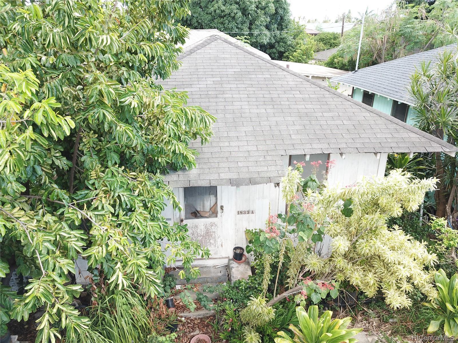 1833  Akina Street Kapalama, Honolulu home - photo 6 of 7