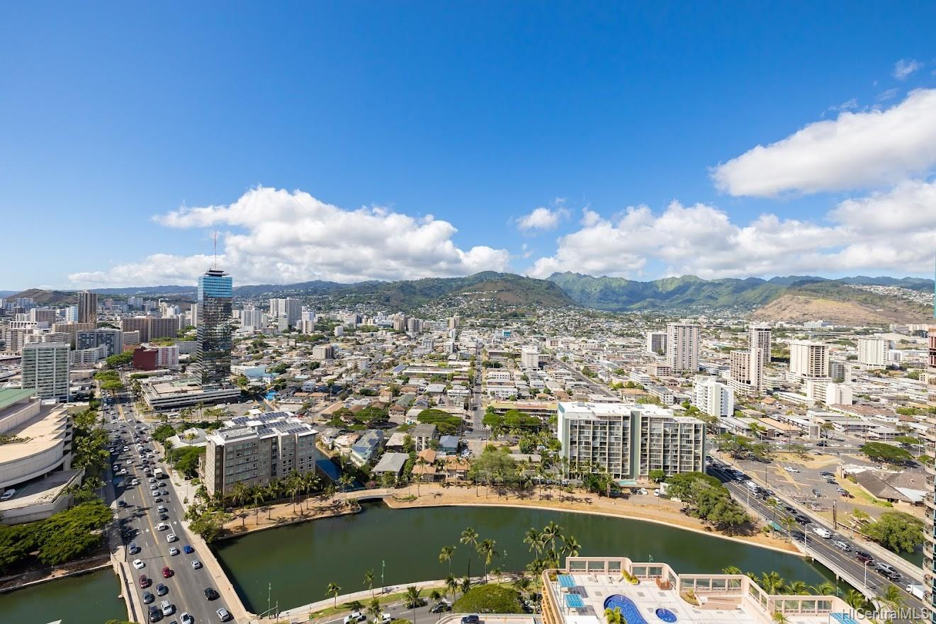 Allure Waikiki condo # 3105, Honolulu, Hawaii - photo 16 of 25