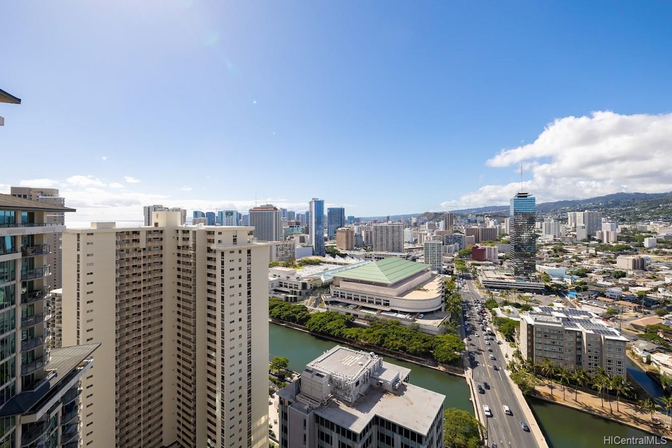 Allure Waikiki condo # 3105, Honolulu, Hawaii - photo 17 of 25