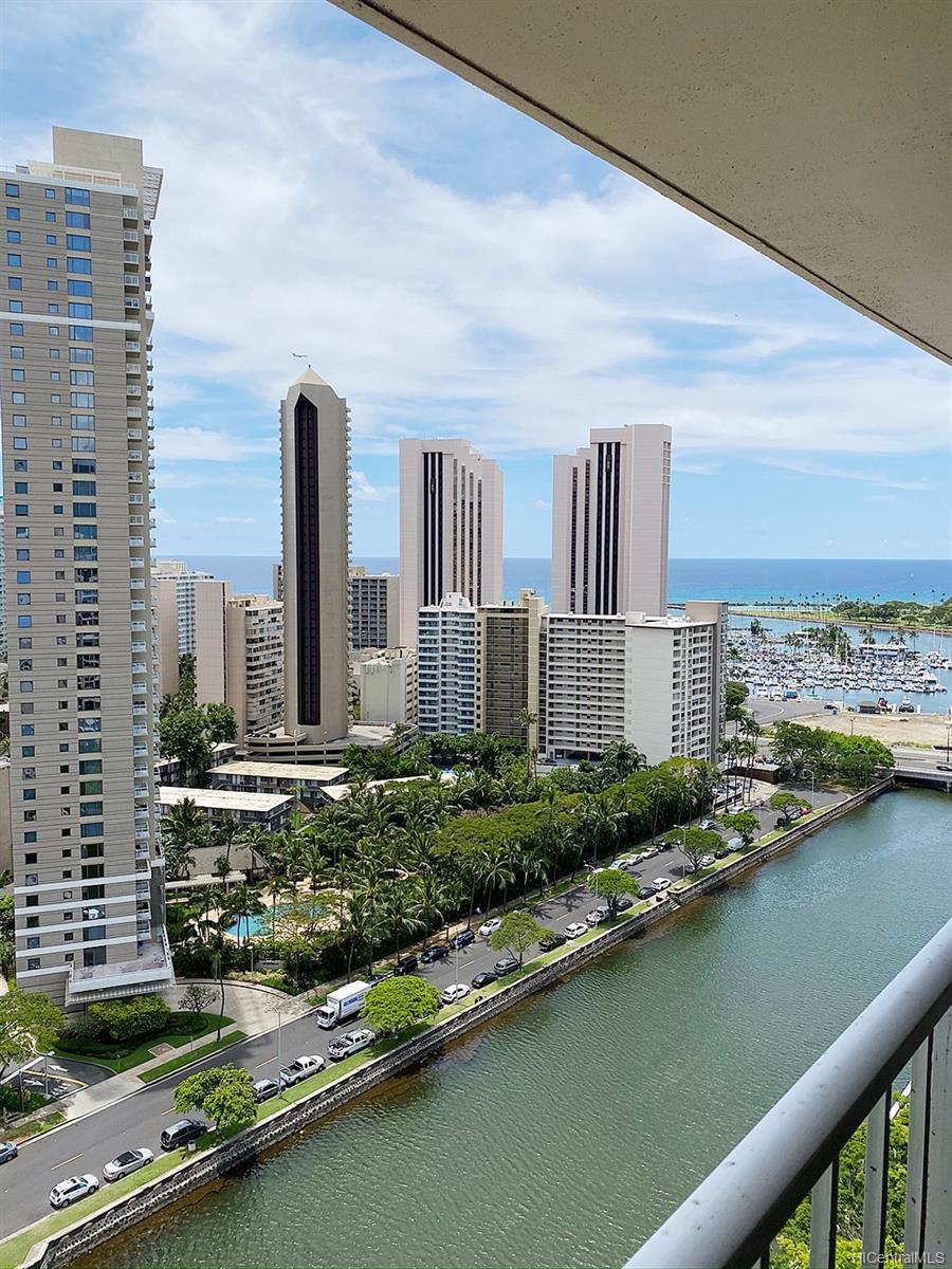 Summer Palace condo # 2405, Honolulu, Hawaii - photo 22 of 25