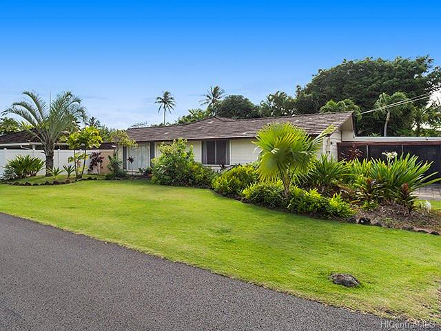 185  Kuuhale St Kuulei Tract, Kailua home - photo 2 of 11